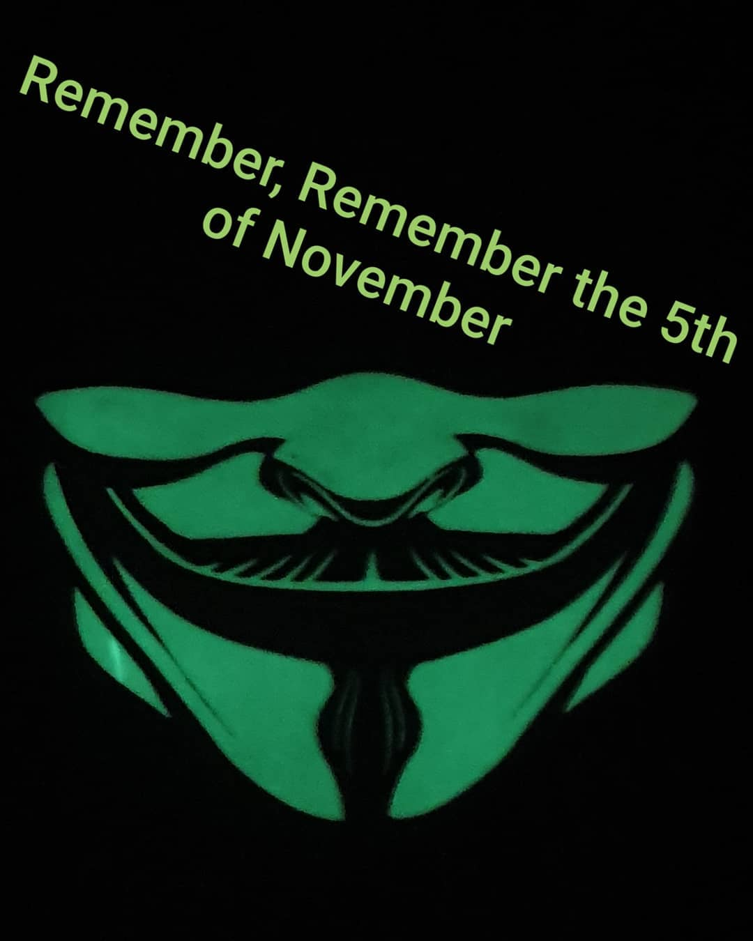تایمش گذشته اما ... Remember, Remember, the 5th of november #scarf #v_for_vendetta #v #anonymouse #hack #hacker #revolution